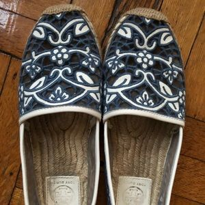 Tori Burch beach flats